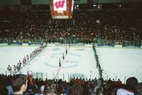 Highlight for Album: 2006 NCAA Midwest Regional Hockey Tournament